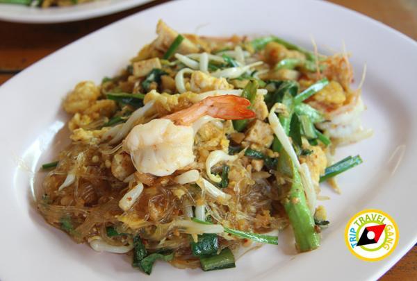 ร้านผัดไทยป้าถวิล ผัดไทยวังทอง ที่กิน ร้านอาหารอร่อยราคาถููก แนะนำพิษณุโลก (12)
