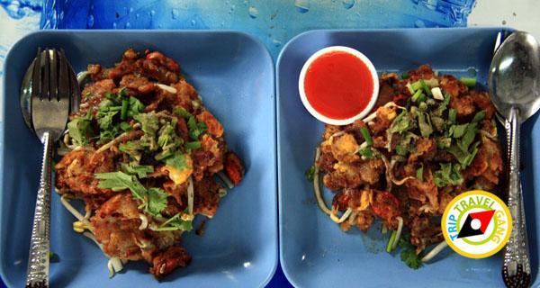 หอยทอดป้าสังวาล ตลาดน้ำตลิ่งชัน (2)