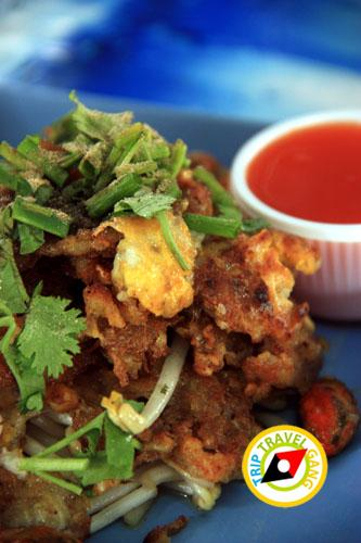 หอยทอดป้าสังวาล ตลาดน้ำตลิ่งชัน (3)