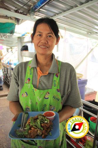 หอยทอดป้าสังวาล ตลาดน้ำตลิ่งชัน (6)