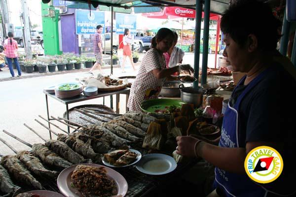 ร้านอาหารกุ้งเพื่อนแพรว ตลาดกลางเพื่อเกษตรกร อยุธยา (13)