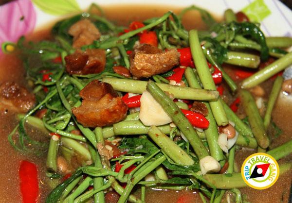 ร้านอ้อมตีนไก่ ถนนแสงชูโต เมืองกาญจนบุรี (4)