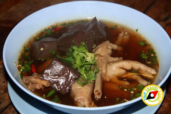 ร้านอ้อมตีนไก่ ถนนแสงชูโต เมืองกาญจนบุรี (8)