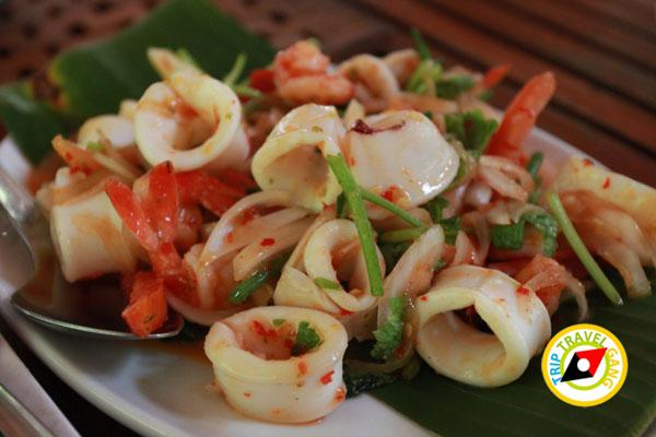 ห้องอาหารโรงแรมไทยเสรี อำเภอเมืองกาญจนบุรี (10)