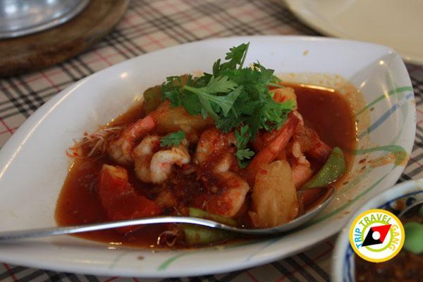 ห้องอาหารโรงแรมไทยเสรี อำเภอเมืองกาญจนบุรี (12)