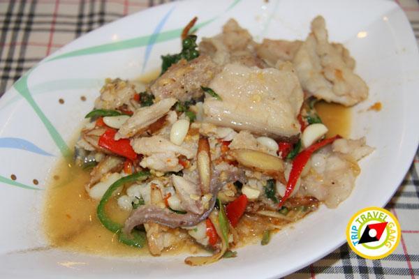 ห้องอาหารโรงแรมไทยเสรี อำเภอเมืองกาญจนบุรี (8)