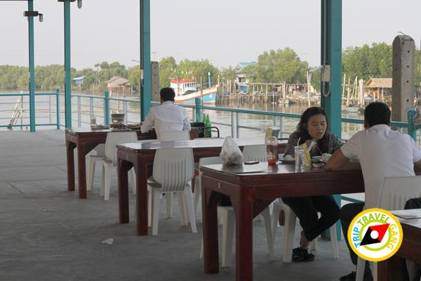 ครัวบ้านประมง  ร้านอาหารซีฟู้ด ริมทะเลบางขุนเทียน แนะนำ อร่อย Seafood  (12)