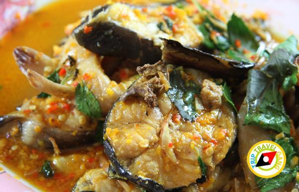 ร้านแดงอาหารทะเล (เจ้าเก่า) แม่กลอง  ที่กิน สมุทรสงคราม แนะนำอร่อย  (7)