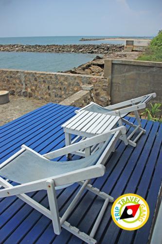 ไวท์ บีช รีสอร์ท white beach resort หาดเจ้าสําราญ (9)