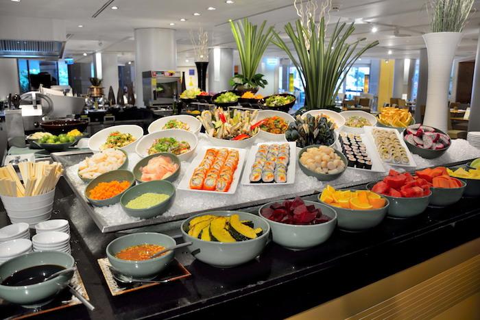5-festive-buffet-at-cafe-g